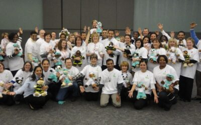 Hewlett-Packard Stuffing Bears with Love and Cheer for Children