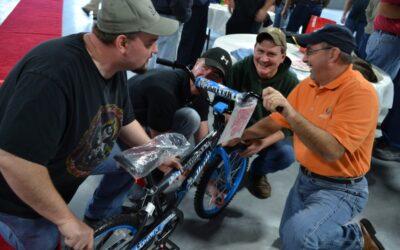 Amcor in Roanoke, Virginia Built Bikes and Made 18 Kids Smile