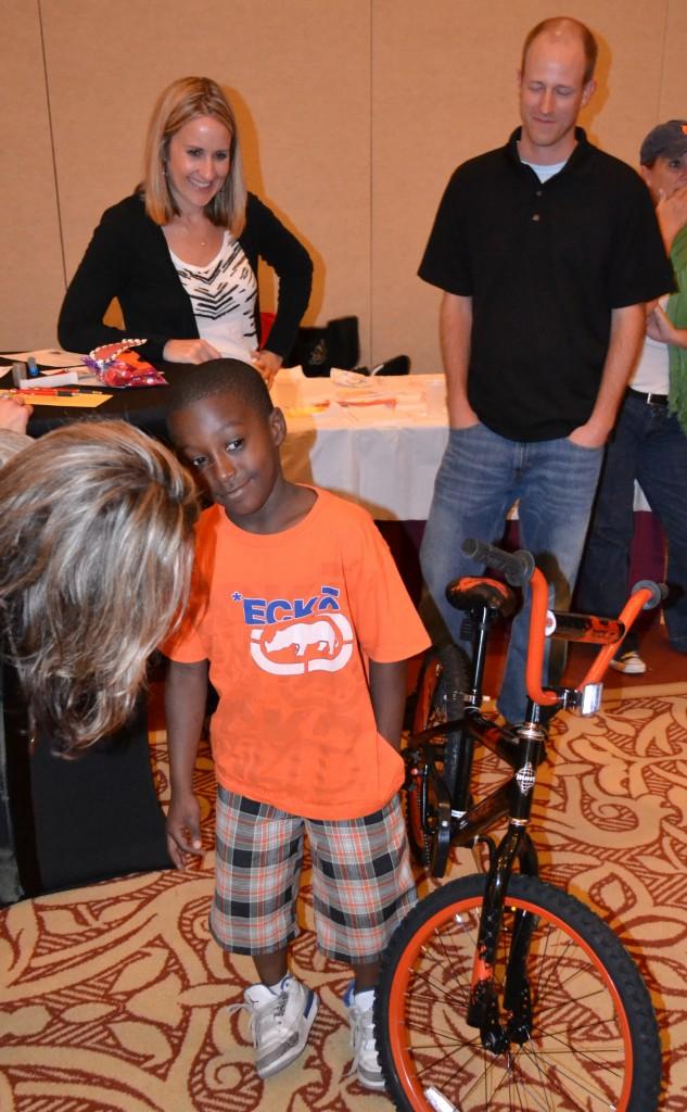 Florida Hospital Build Bikes for Orlando Kids