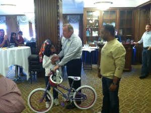 Thirdware Build-A-Bike ® team building event in Ann Arbor, MI adds energy to annual Family Day
