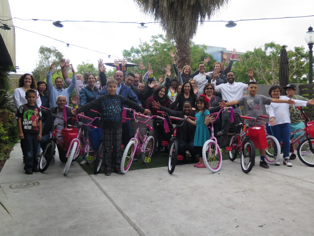 Fenwick And West Build A Bike Team Event In San Francisco Ca