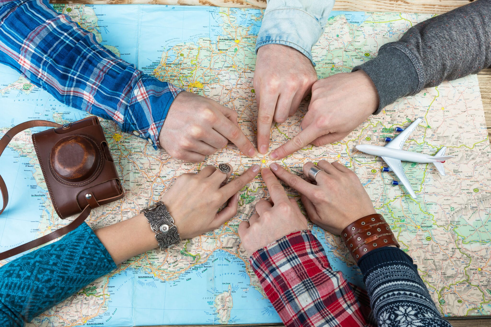 How Do You Know it's Time to Have a Teambuilding Event for Your Staff?