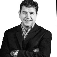 Doug-Staneart-LinkedIn-Portrait